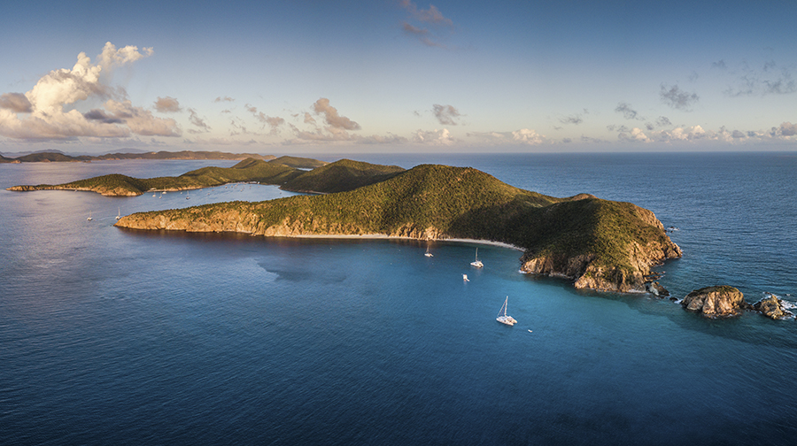 https://cdn.virgincharteryachts.com/wp-content/uploads/20200530092042/thebight-norman-island.jpg